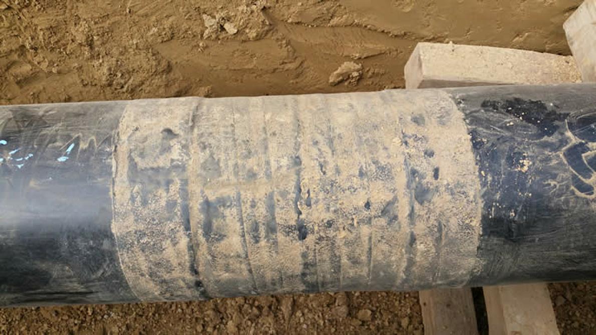 Pipeline in clay-rich soil